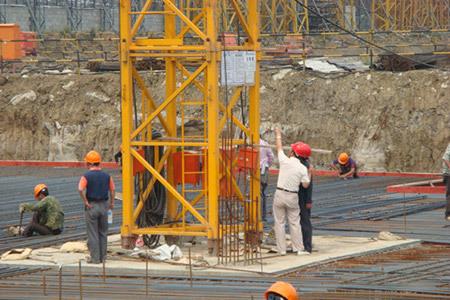 dnf機械師加點工程機械火熱建設 安全生產時刻關注